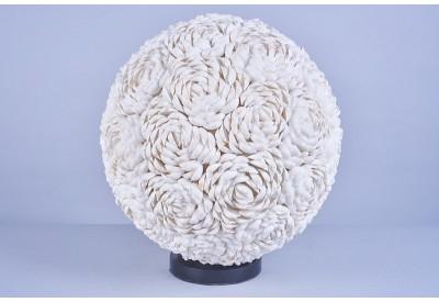 Lampe boule Roses en coquillages