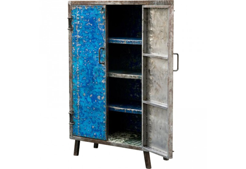 petite armoire en m tal recycl pour le salon koh deco. Black Bedroom Furniture Sets. Home Design Ideas